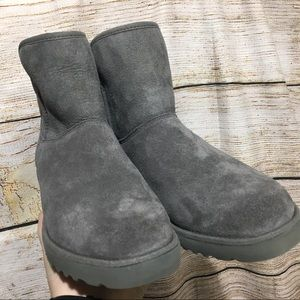 UGG grey boots size 6 new without tags JM 272